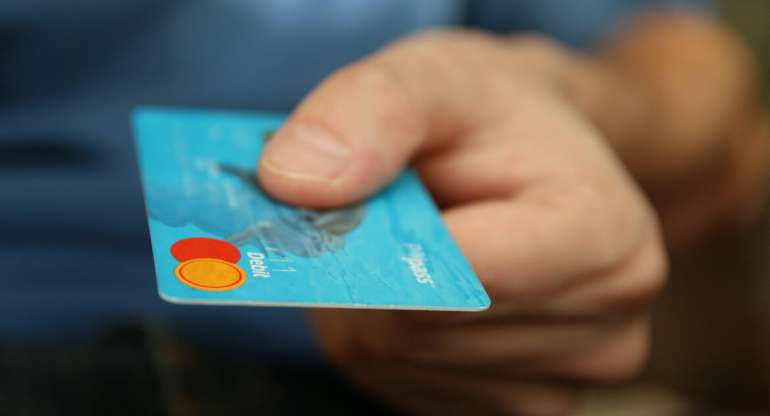 New EU Law Changes when Making Purchases with Cards