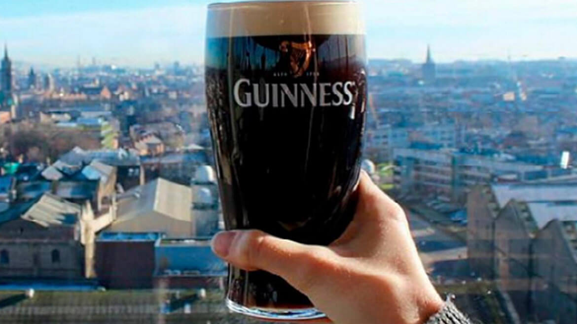 Guinness-Storehouse-Gravity-Bar