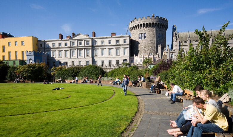 relaxing-at-dublin-castle